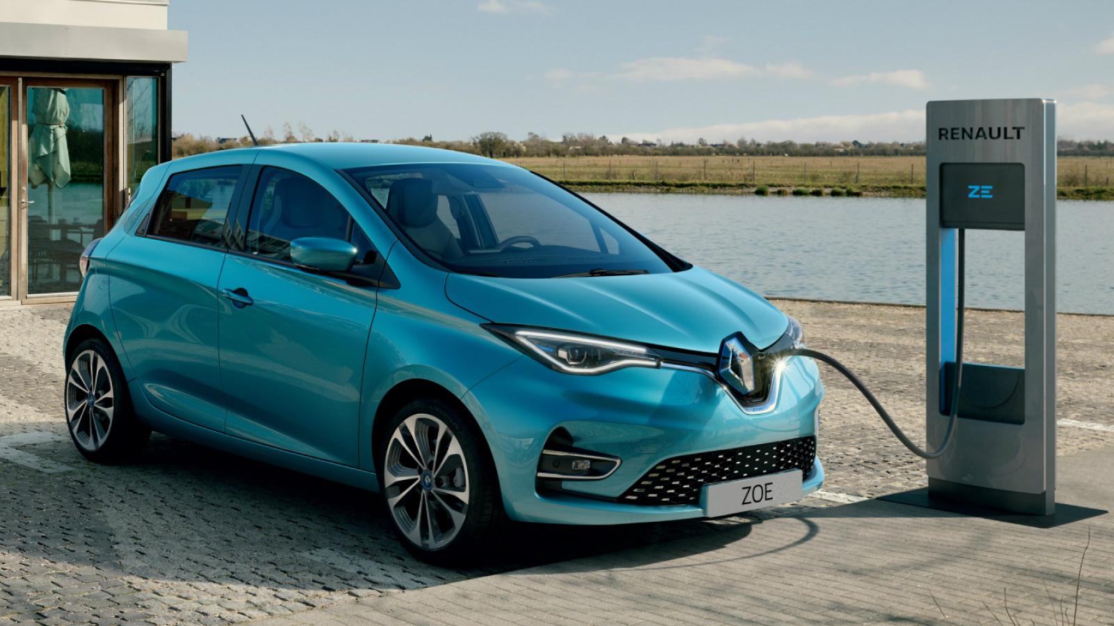 2020-Renault-Zoe-Reveal-03